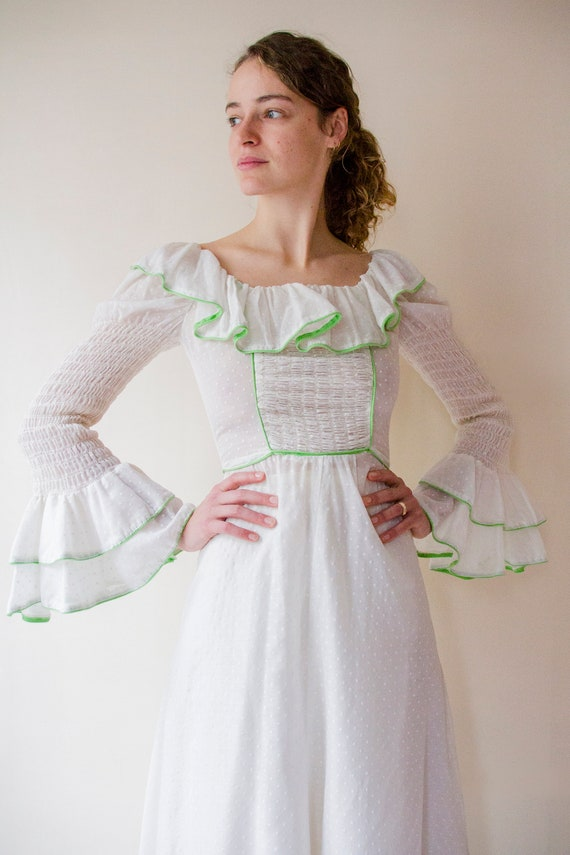 Vintage 1970s white prairie dress with leg of mut… - image 7