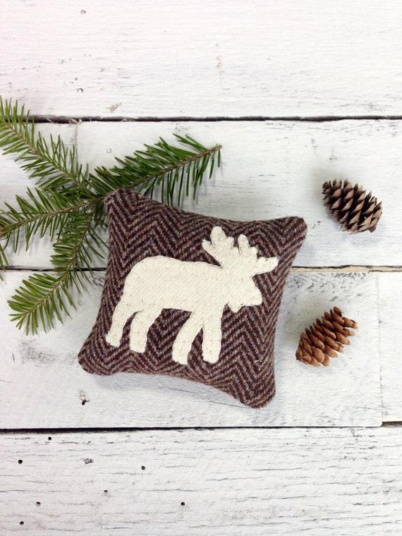 image 0 - Christmas Moose Home Decor
