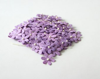 100 pcs - Lilac mulberry paper tiny daisy flowers