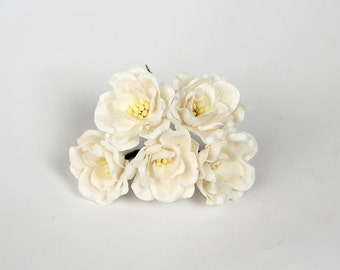 50 pcs - White Magnolia - Big poppy paper flowers - Wholesale pack