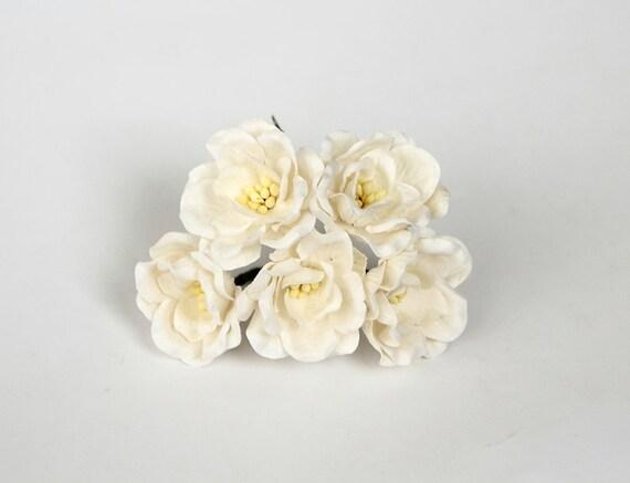 50 Pcs White Magnolia Big Poppy Paper Flowers Wholesale Etsy