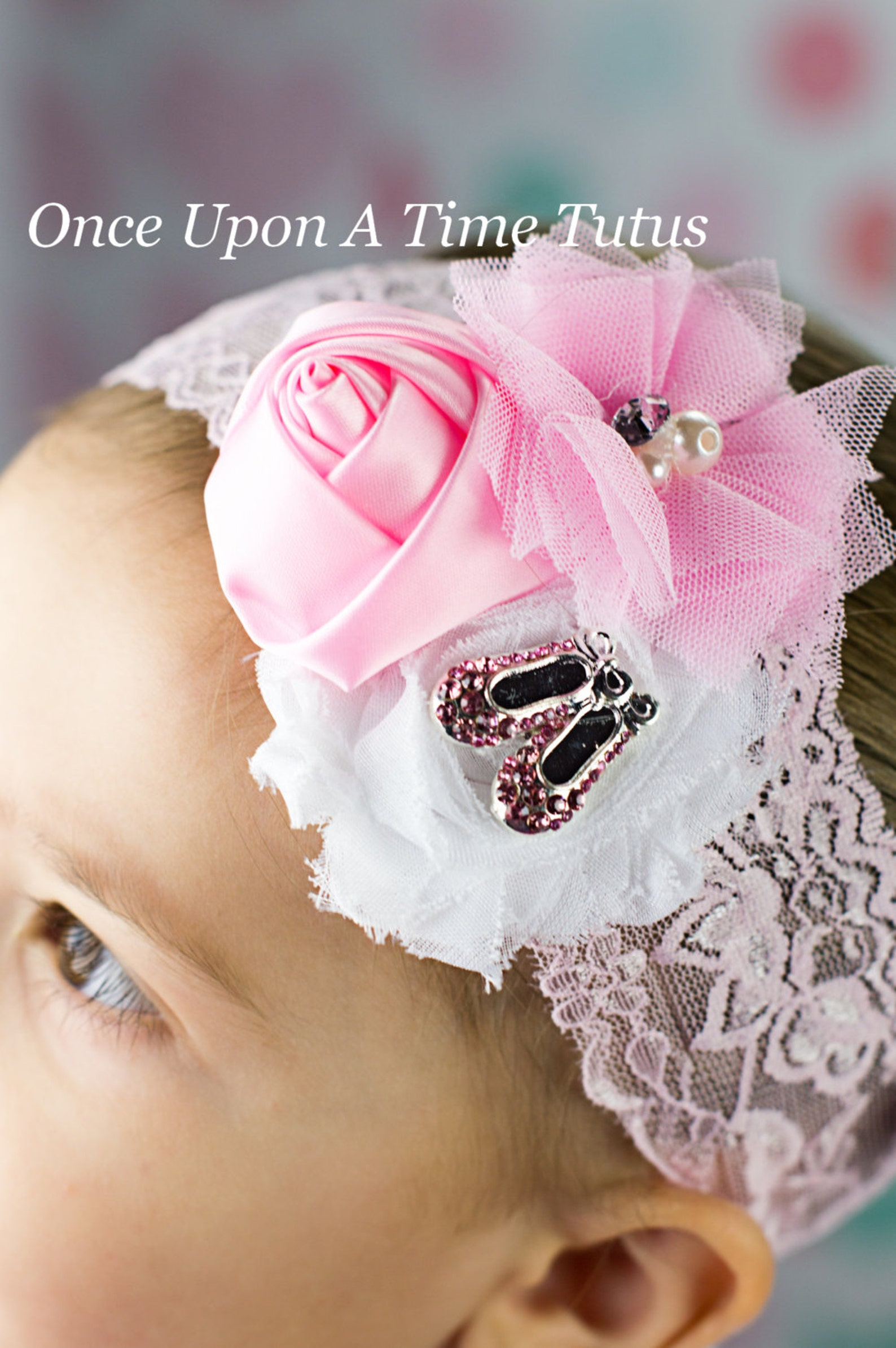 pink and white ballet shoes headband - ballet girl tiny dancer hairbow - newborn baby little girl photo prop - light pink lace b