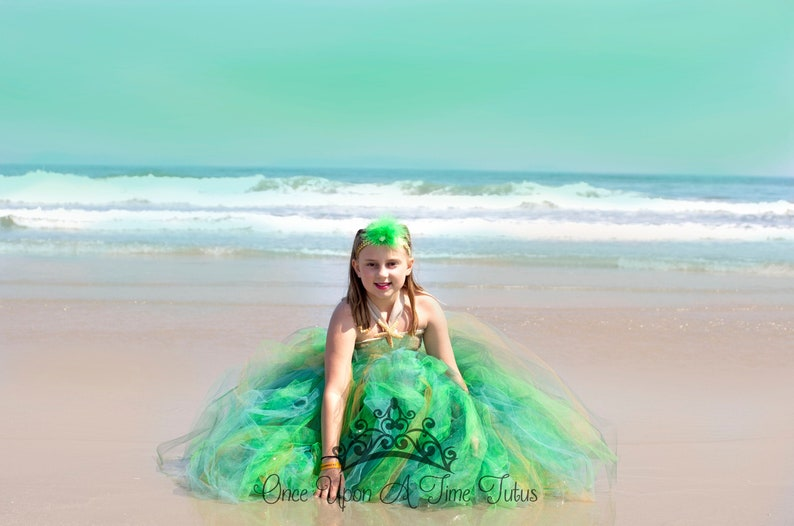 Deluxe Glamour Birthday Outfit Sparkly Glam Girls Size 12 Months 2T 3T 4T 5 6 7 8 10 12 Green and Gold Sequin Starfish Tutu Dress