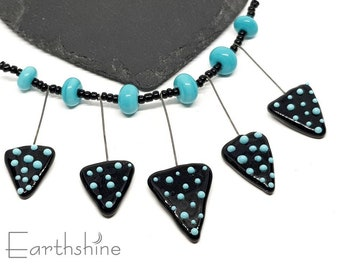 Set 5 graduated black and turquoise triangle charms   Handmade lampwork glass