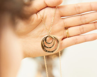 Personalized Three Ring Necklace - Merci Maman trio circle necklace for mother or grandmother - family names necklace