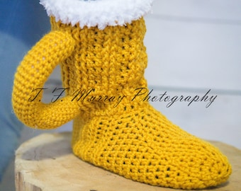 Men's Boozie Boots! Crochet Beer Mug slipper boots.