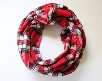 Red, Black and White Plaid Scarf, Infinity Scarf, Mommy & Me Scarves, Toddler Scarf, Child Scarf, Flannel Scarf, Fall Scarf,