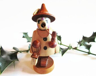 Cute Miniature Incense Smoker Man Räuchermännchen with Pipe and Lantern