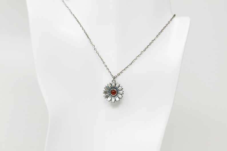 Carnelian 925 Sterling Silver Flower Necklace Antique Finish