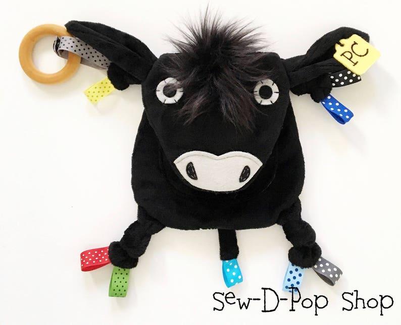 Jouet sensoriel vache - Créatrice ETSY : SewDPopShop