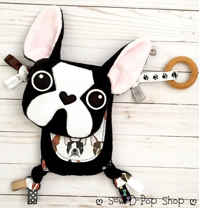 Boston Terrier bébé jouet Mini doudou dentition souvenir - Créatrice ETSY : SewDPopShop