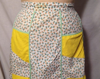 Vintage White and Yellow Floral Half Apron