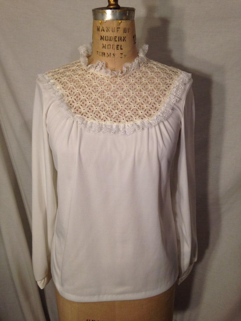 Vintage White Polyester Long Sleeve Blouse