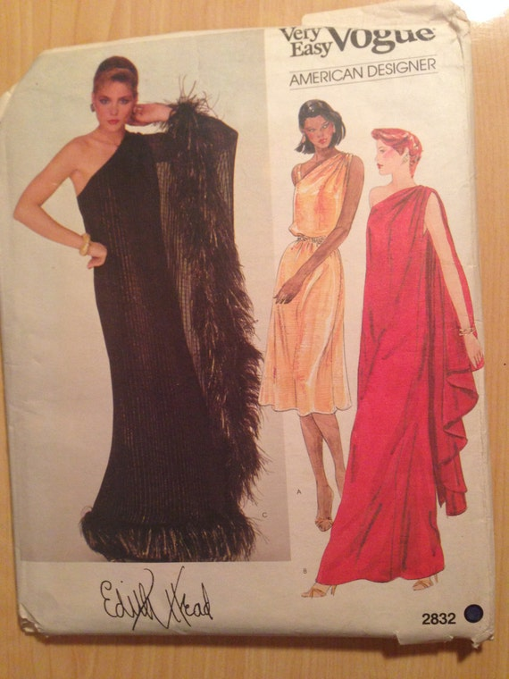 Vogue Vintage 80s Sewing Pattern 2832 Misses Dress Size 8