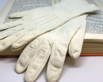 Vintage Mid Length Kid Leather Gloves with Scalloped Edge (Regency, Victorian, Ewardian)