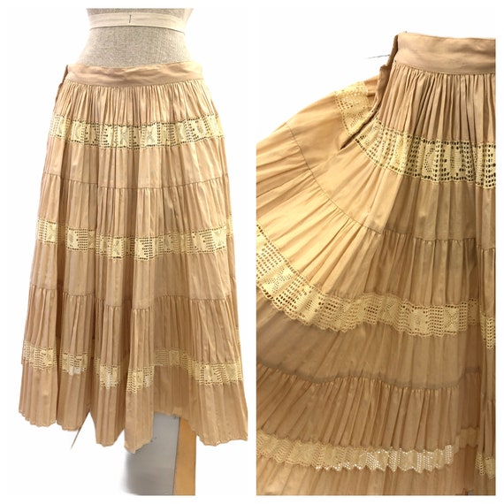 Vintage VTG 1940s 40s Tan Beige Pintucked Lace Pat