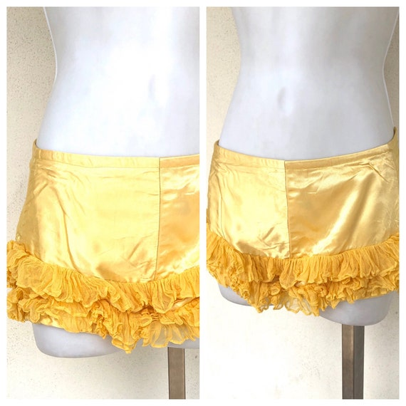Vintage VTG 1940s 40s Yellow Burlesque Ruffled Blo