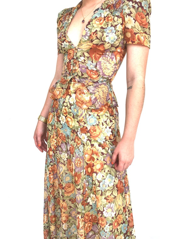 Vintage 70s floral two piece top and skirt set - image 2
