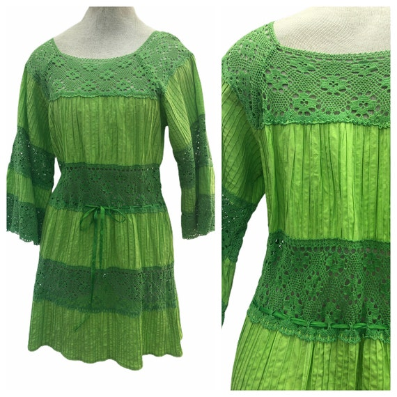 Vintage VTG 1970s 70s Lime Green Pintucked Pintuck