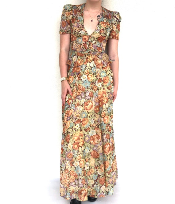Vintage 70s floral two piece top and skirt set - image 3