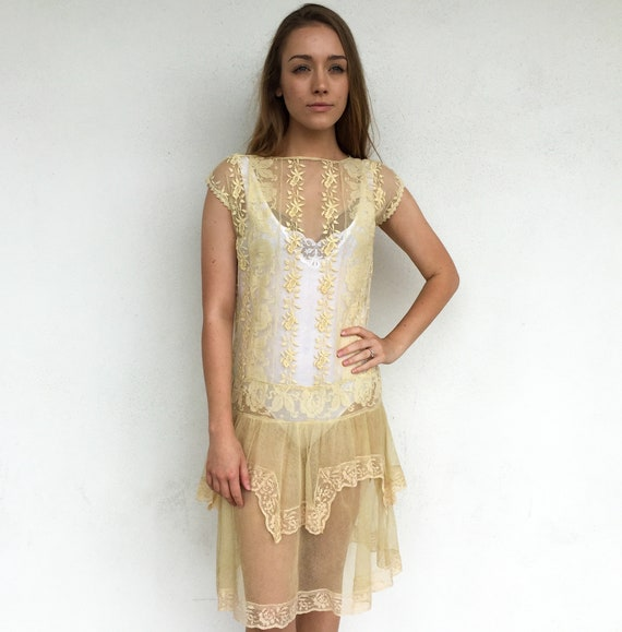 Beautiful 1920's Sheer Cream Lace Day Dress