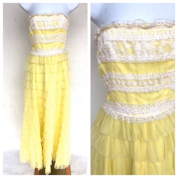 Vintage VTG 1950s 50s Yellow Tiered Cupcake Strapl