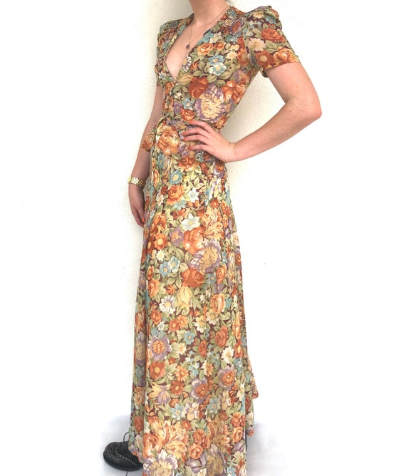 Vintage 70s floral two piece top and skirt set - image 4