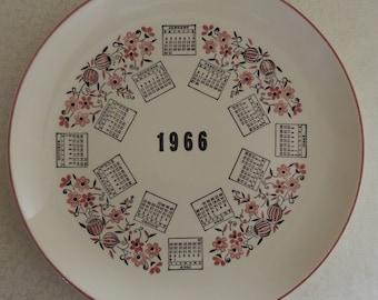 Vintage 1966 Collectible Calendar Plate Pink and Black Nostalgic Wall Decor Midcentury Decor Retro Decor Wall Kitsch