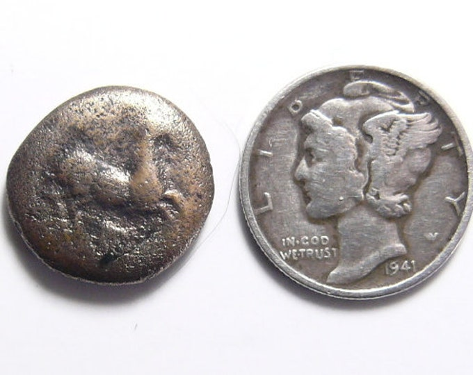 Maroneia, Thrace . 400-350 BC, Horse and Grape Vine coin , cleaned, ready for jewelry or specimen (c51512)