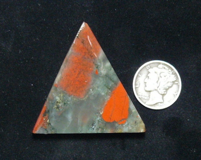 African Bloodstone preformed rough slab, 40 x 40 x 6 mm, translucent, Cherry Orchard agate, triangle pyramid shape (rs122702)