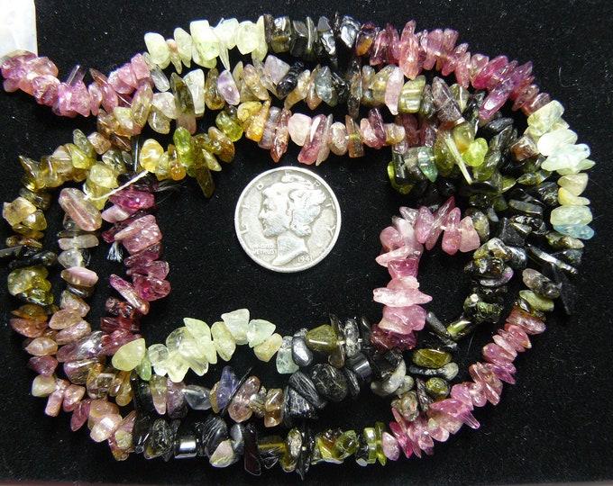 Tourmaline beads, approx 5 x 8 mm polished chips, jewelry supplies. (b3712)