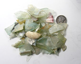 Ancient Roman Glass small Shards (35 g), from ancient Hebron Roman glass factories, over 2000 years old  (g42712)