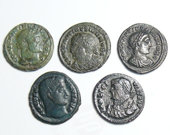 5 different Roman coins, Constatine,  Licinus and 3 not identified. with Campgate, 4th century coins. (c51711)