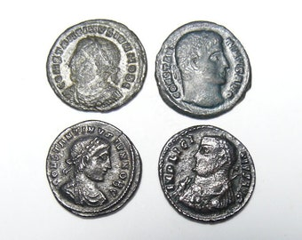 4 coins, 4th Century Roman coins with Campgate, Constantine Jr., Constantine The Great, Constantine II Jr., Licinius I  (c51711)