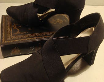 Vintage 1980s Black Elastic and Fabric Cloth Mootsies Tootsies
