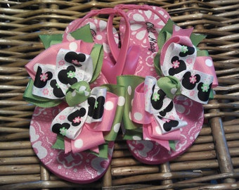 3085790468c Mickey and Minnie Pink   Apple Green with Polka Dots Toddler Flip Flops Size   8 (1 Left)