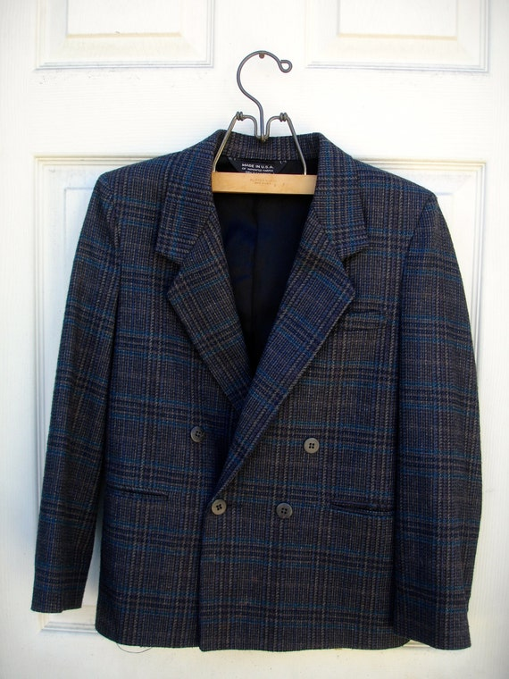 VINTAGE grey black plaid double breasted suit for