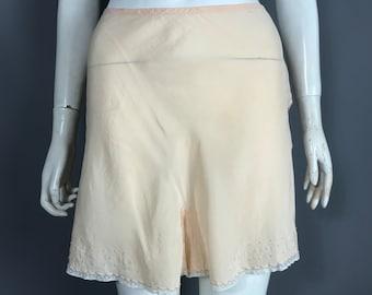 beeb252c2e8 silk 1930s tap pants