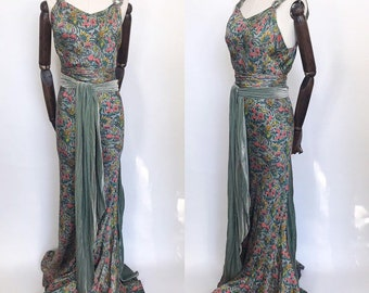 ca4f7ee8dde8 1930s evening gown in a novelty print silk lamé