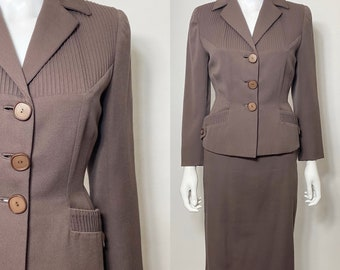 1950s suit with pencil skirt