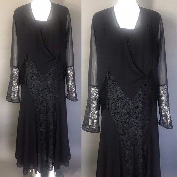 1930s evening dress in lace and chiffon
