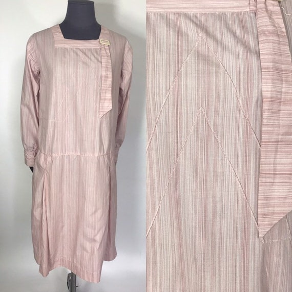 1920s day dress with pink stripes