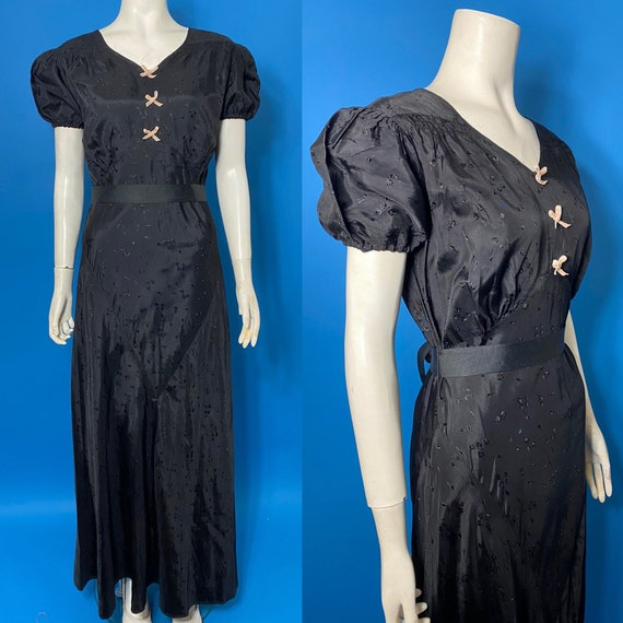 1930s evening dress with pink bows