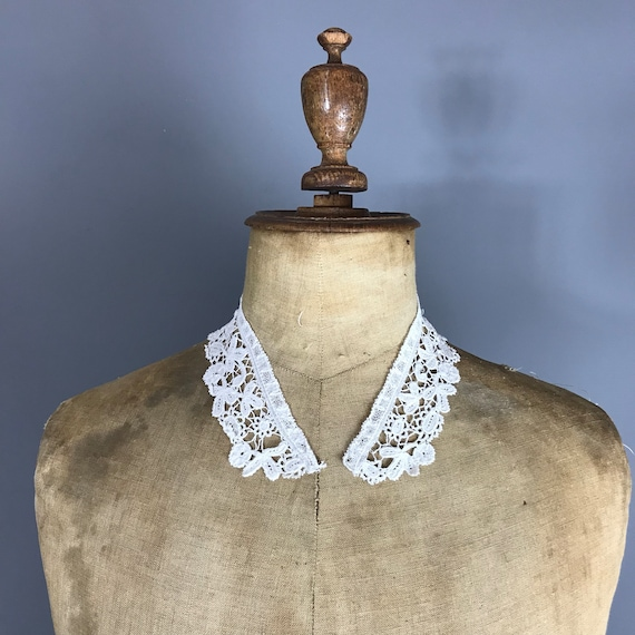 Antique Brussels lace collar