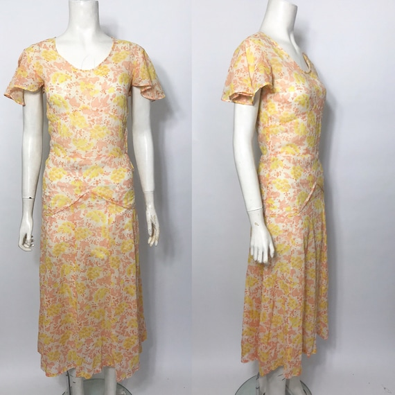 1930s tea dress with flutter sleeves XS