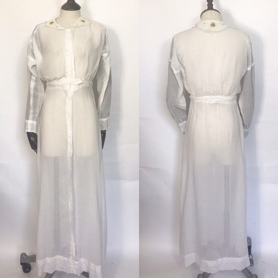 1910s lawn dress with embroidery