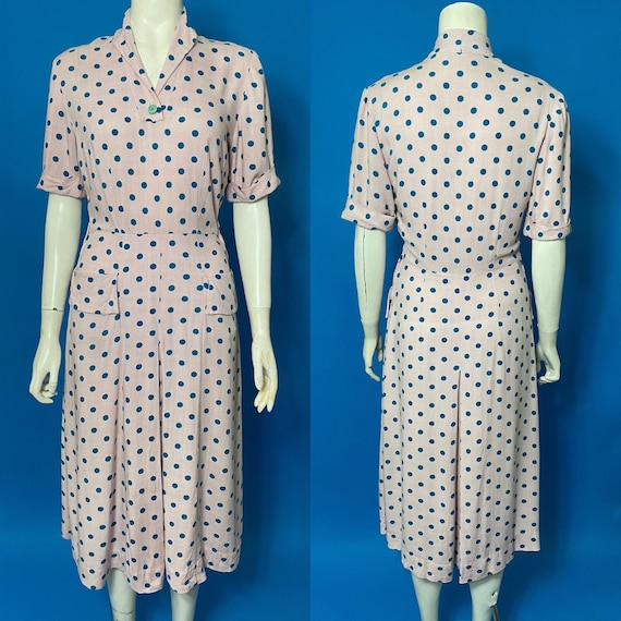 Polka dot 1940s dress