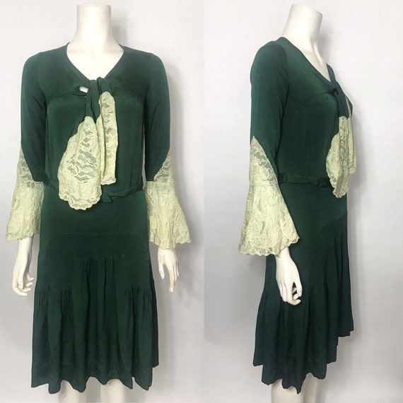 Green 1930s dress lace sleeves and ties