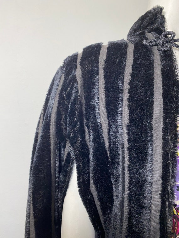 1930s cape, faux fur - image 5