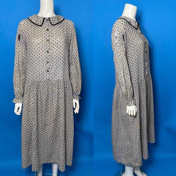 1920s chore dress, Farm girl dress